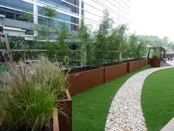 About Our Planters - PLANTER SYSTEMS