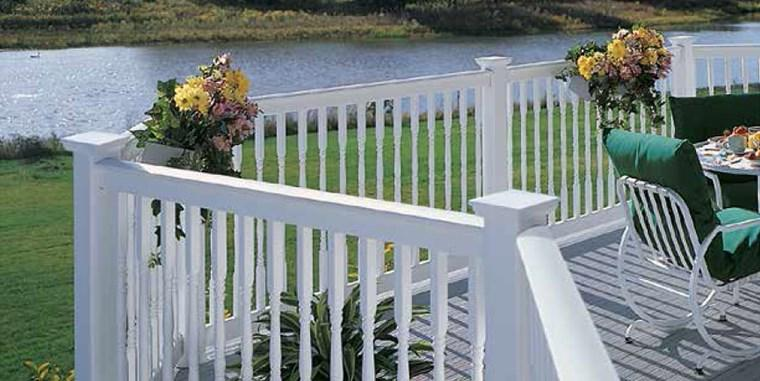 Vinyl Decking - CertainTeed