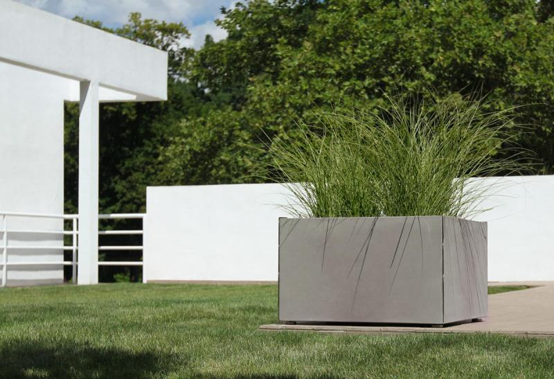 Miter Planter | Outdoor | Forms+Surfaces