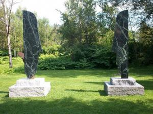 Sculptors/Artisans - Vermont Verde Antique Serpentine - The beauty of marble, the durability of granite.