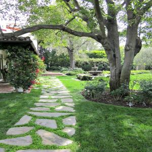 Natural Stone Flagging - Flag Stone - Stone Walkway