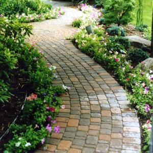 Edging Applications – Brick Paver | Permaloc Corporation