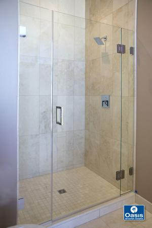 Frameless Glass Shower Spray Panel