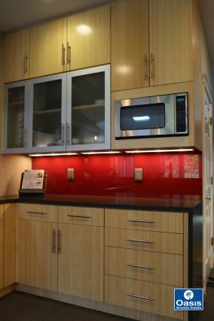 Back-painted Glass & Backsplashes - Oasis Shower Doors