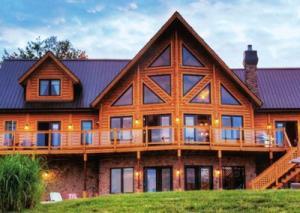 Wood Construction - Massive wood frame and engineered wood - Log