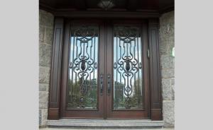Portes Bourassa   Wooden front door - Tudor Style #050