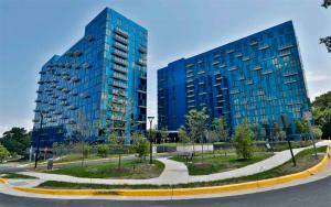 Smart Glass for Multifamily Buildings | Solutions - View Inc.