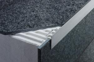 Schluter®-SCHIENE-STEP | Cover the Sub-Assembly | For Stairs | Profiles | schluter.com