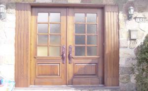 Wooden front door - Classic Style #012