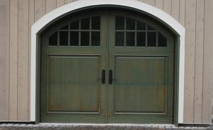 Wooden garage door - Classic Style #024